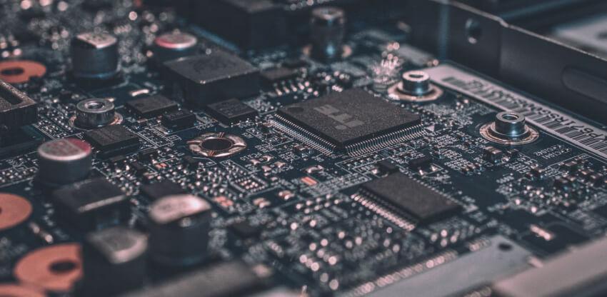 O bezpieczeństwie urządzeń wbudowanych – część pierwsza. Po ciemnej stronie mocy.