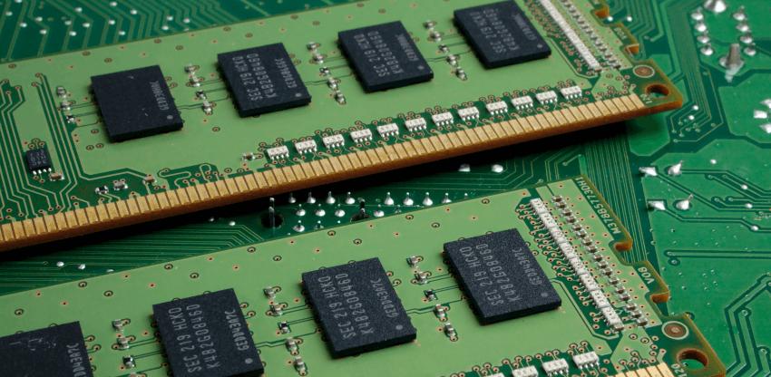 O królu RAM-ie i rycerzach kontekstu
