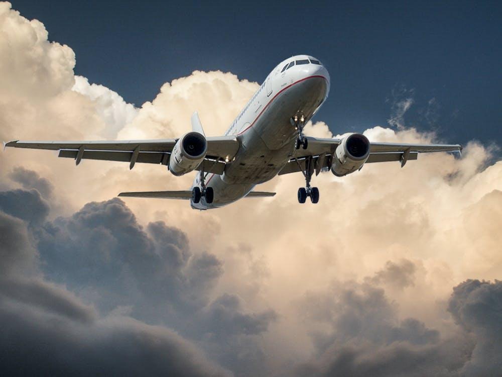 aircraft jet landing cloud 46148